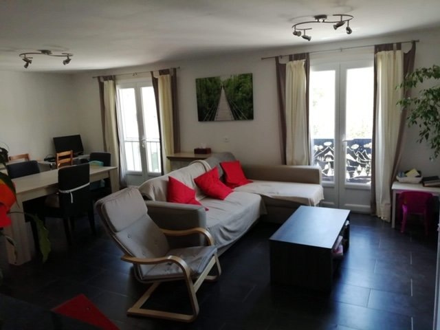 Luminous apartment crossing 3 rooms 86 m2