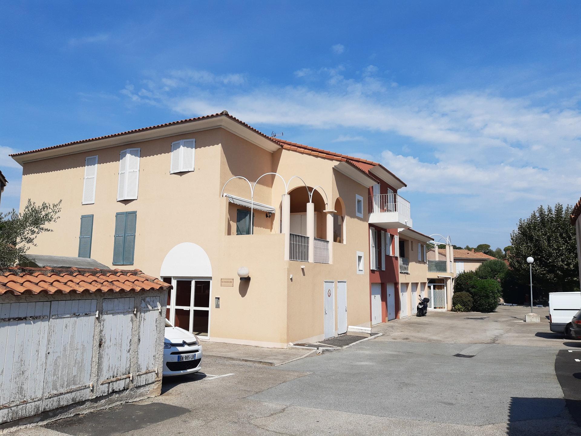 Charmant F2 proche centre St Raphaël