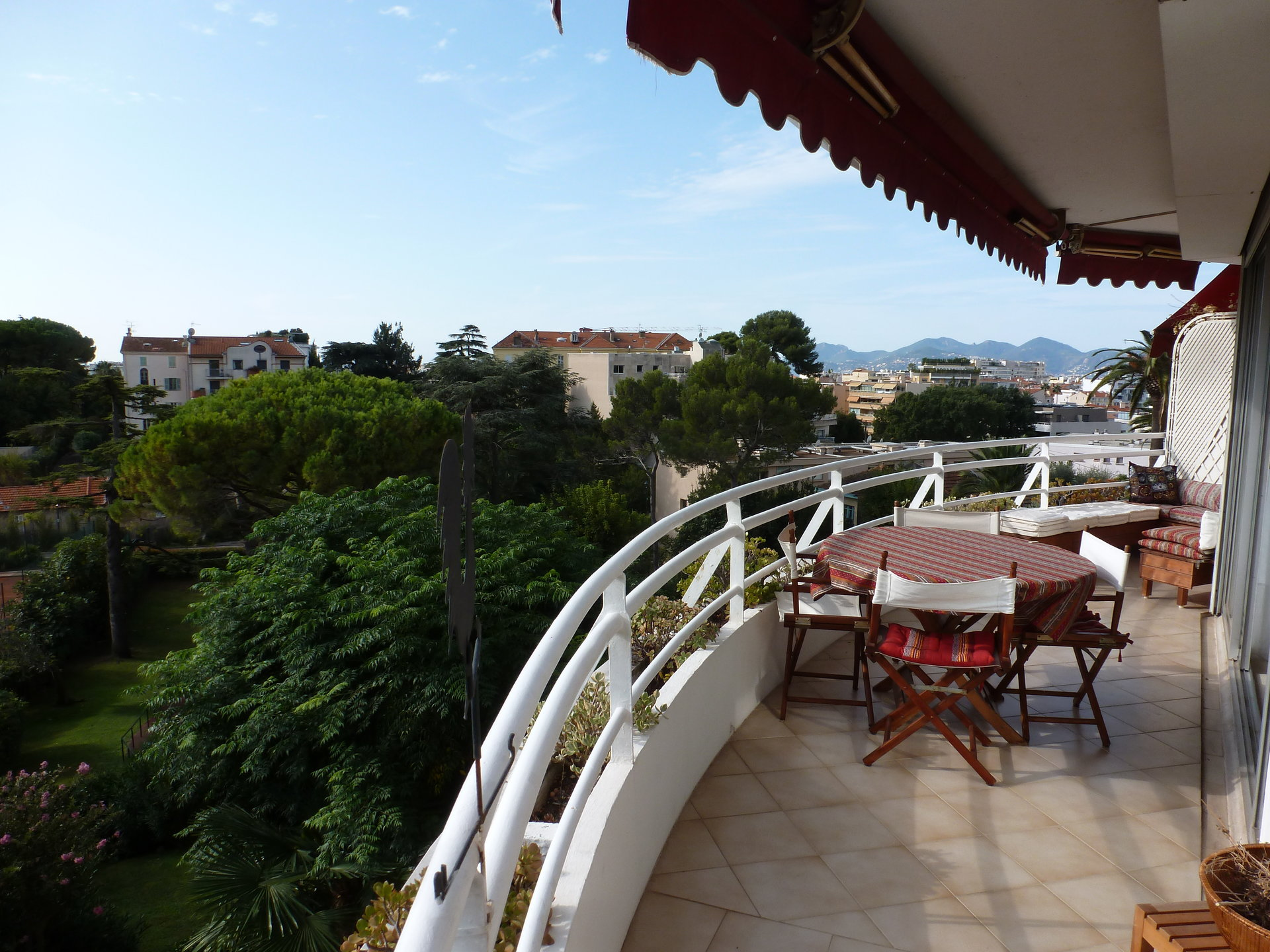 TO SELL CANNES / MONTFLEURY / APT / 140M² + 32M² Ter