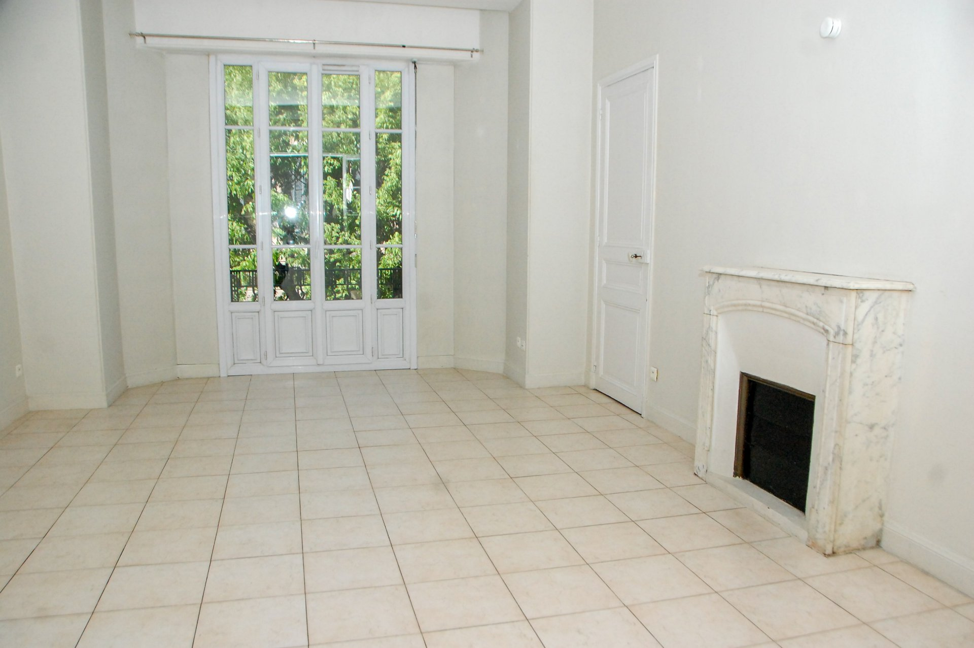 Centre ville 4p de 98.74 m², balcon, traversant, ascensseur