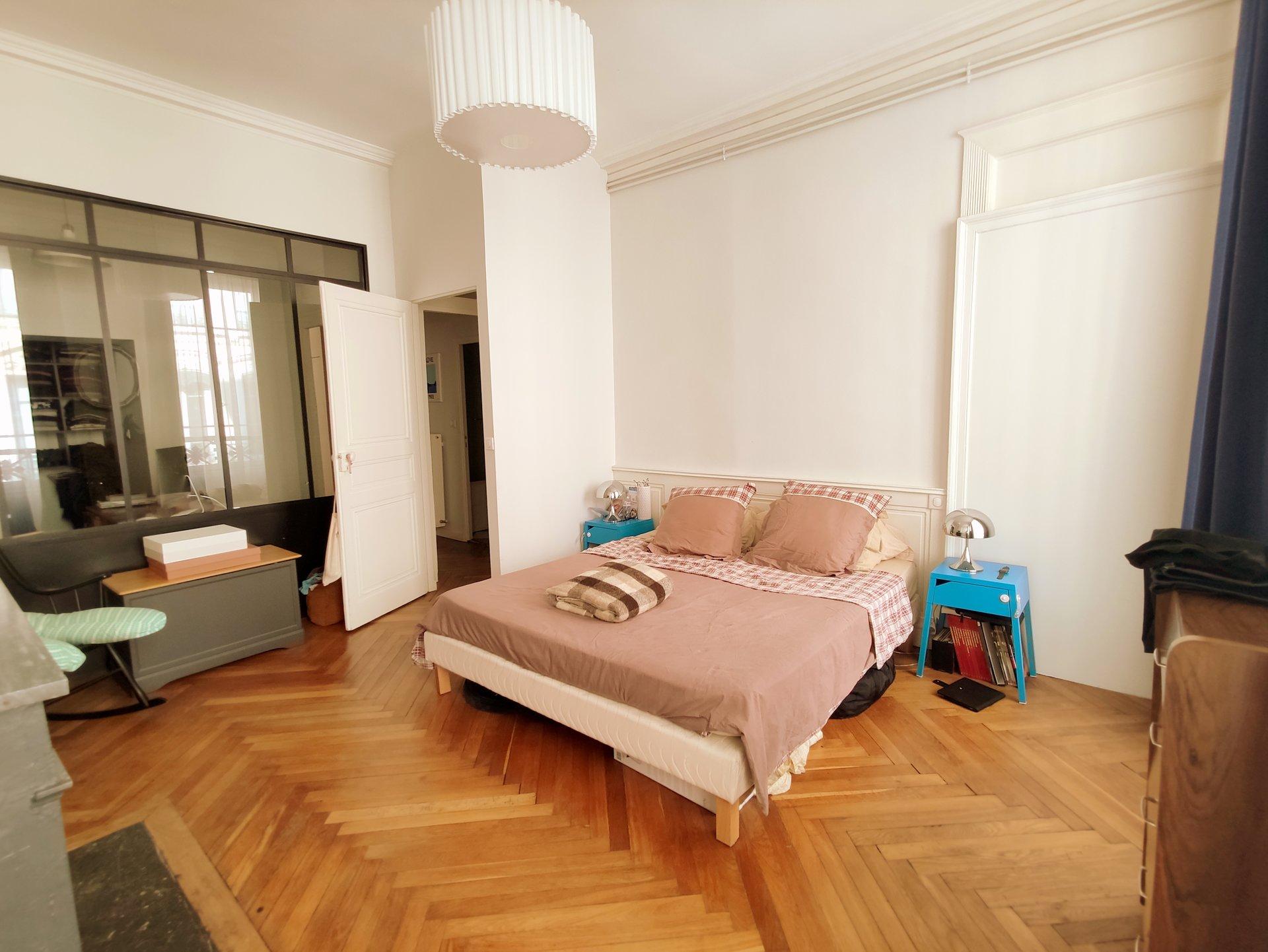 Lyon 2 Ampère T4 92 m²
