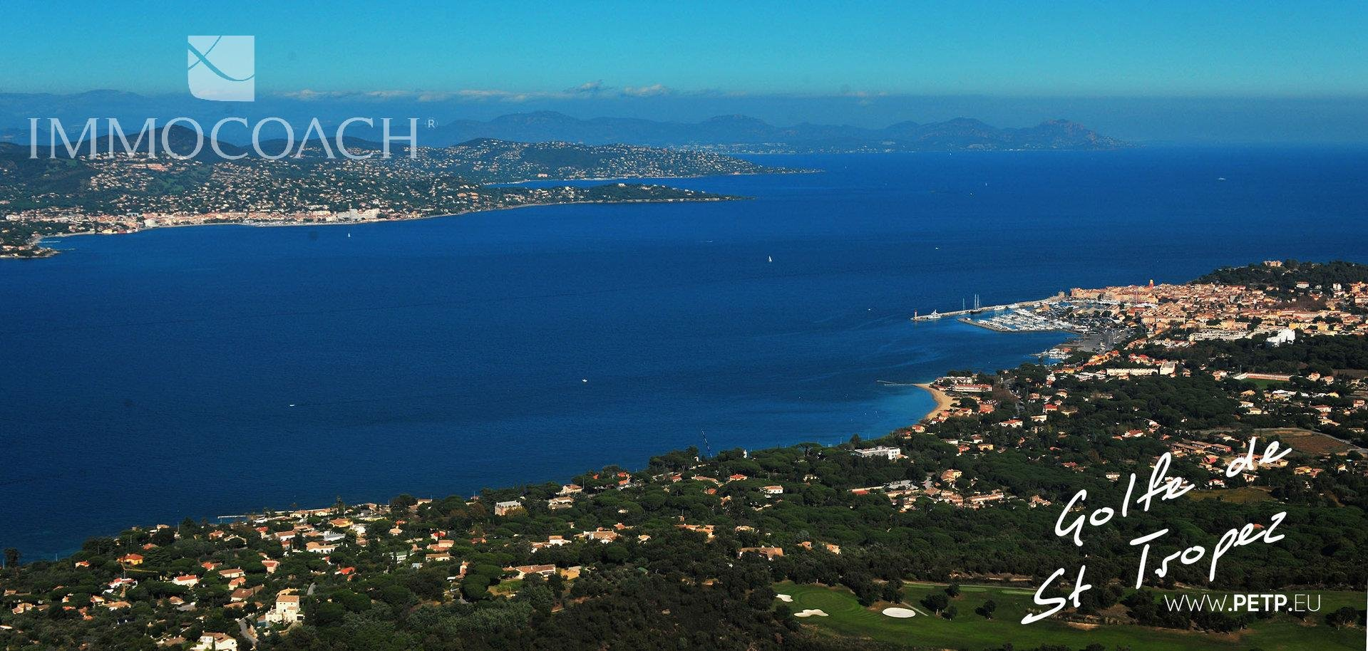 Gulf of Saint Tropez - unique vineyard for sale