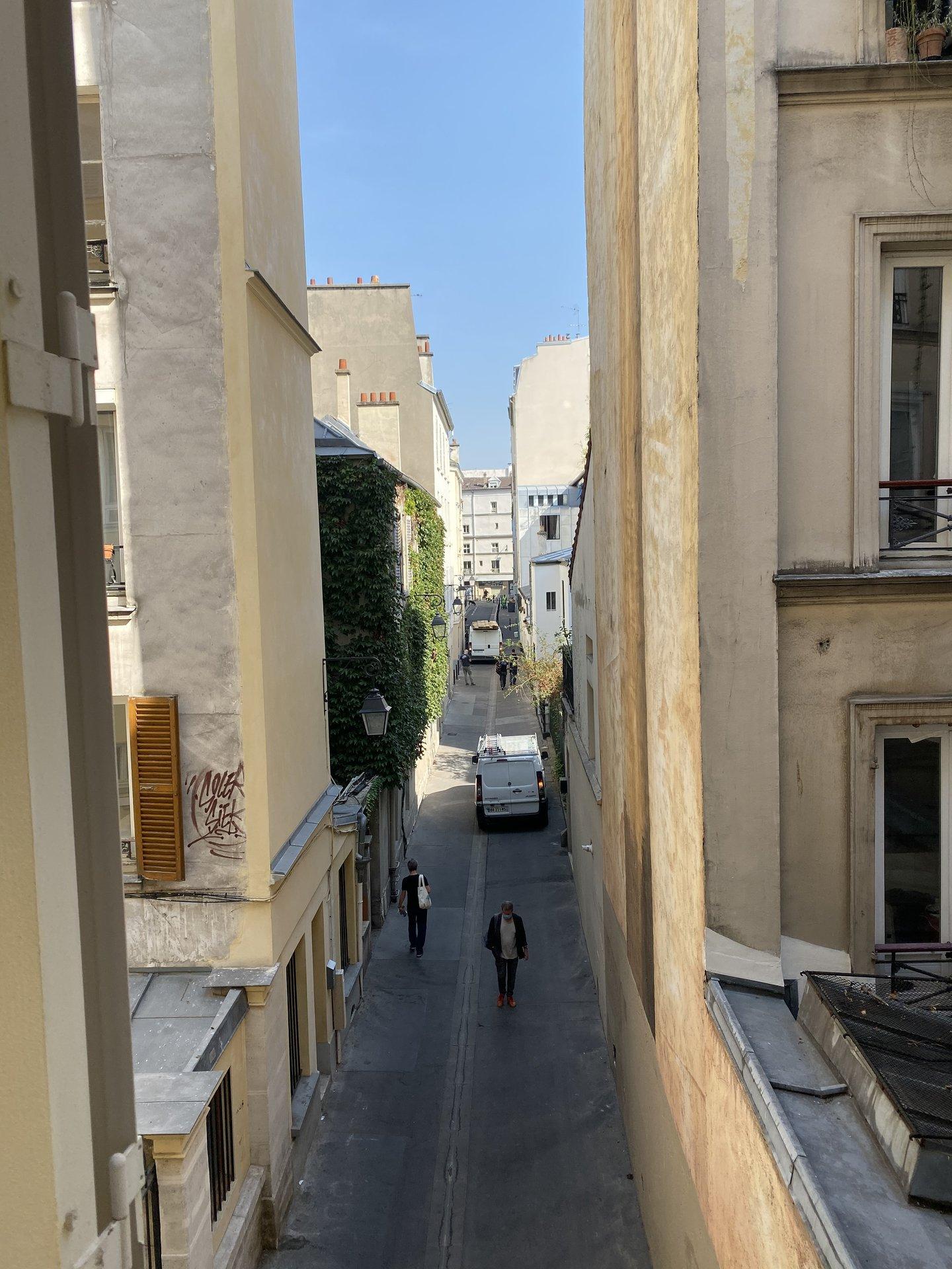 Paris Metro Place Jacques Bonsergent
