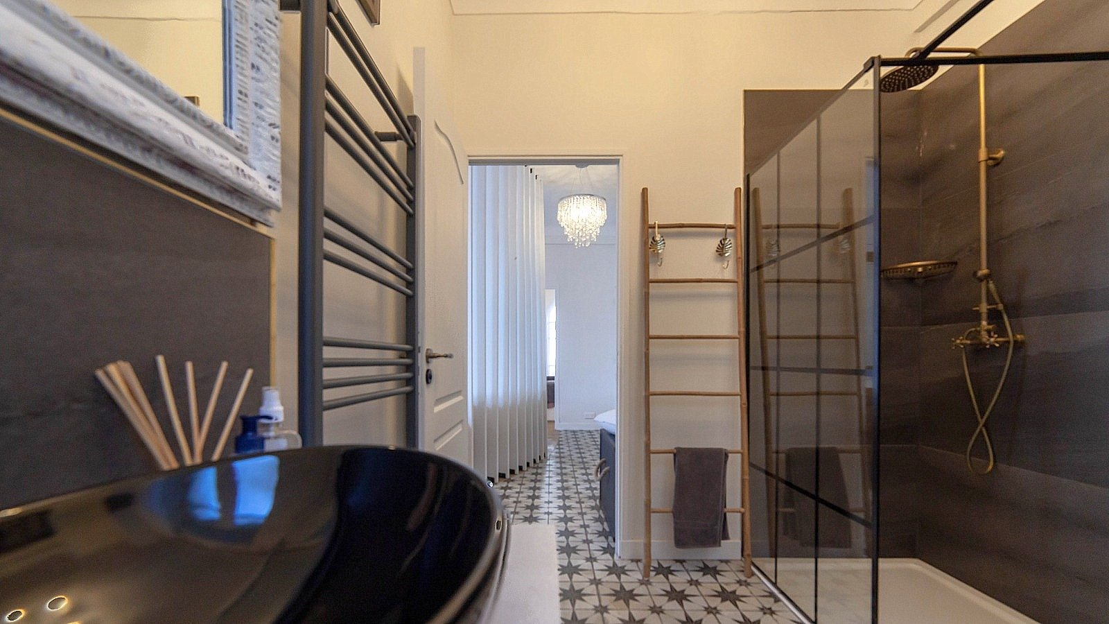 SALE Apartment 3 Rooms 58m² Nice Centre Furnished