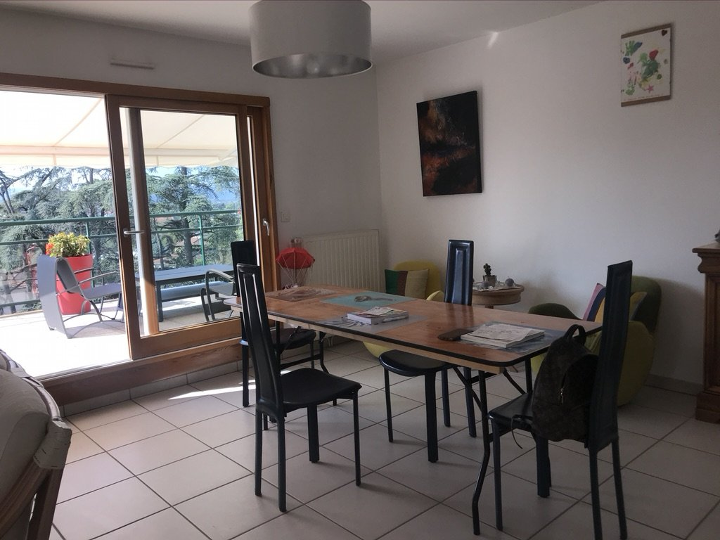 Appt T4 104 m2 Terrasse, garage, parking privatif