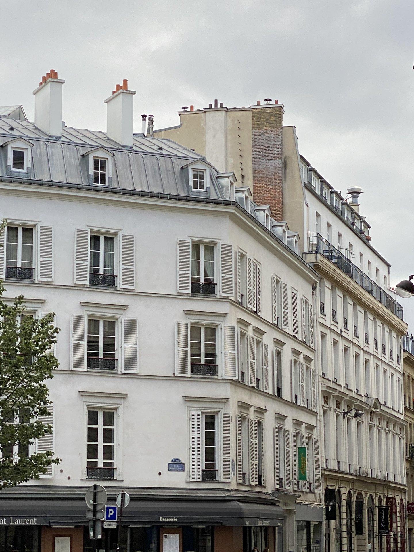 RARE 2Pièces- Champs Élysées