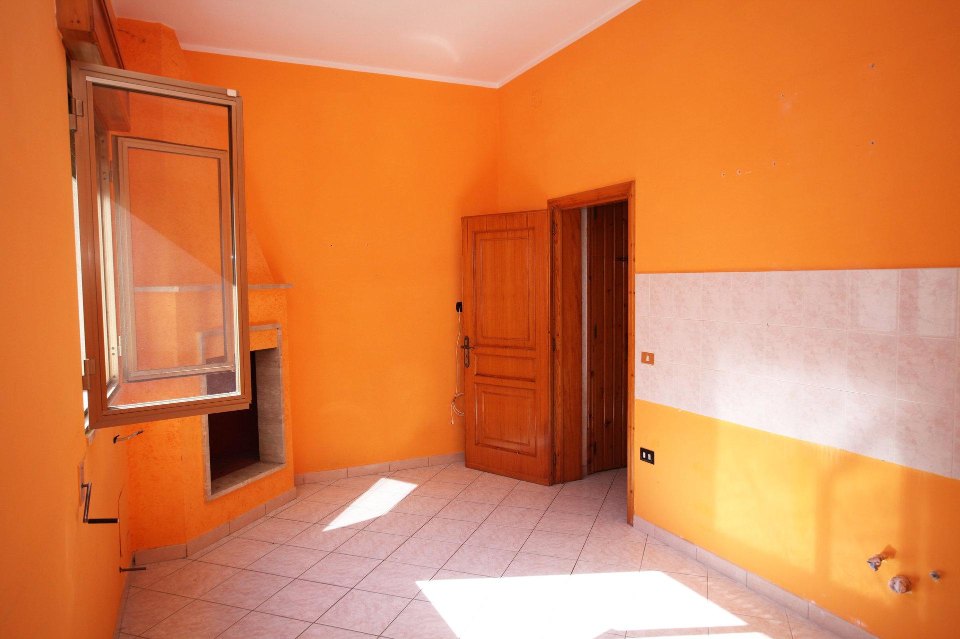 Verkauf Wohnung - Oria - Italien
