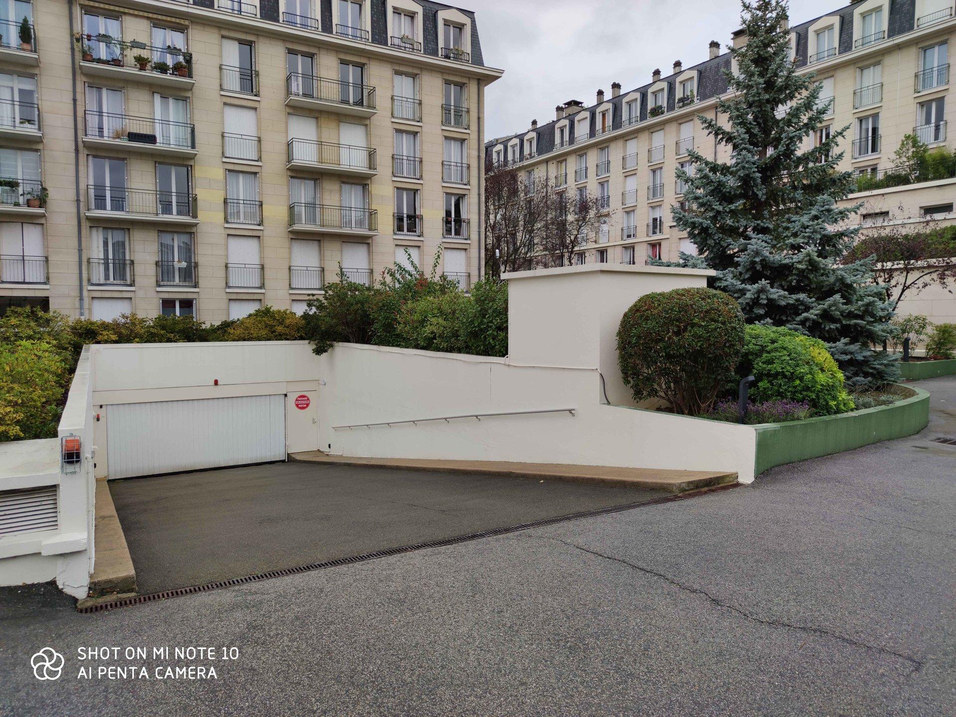 Rental Parking - Versailles