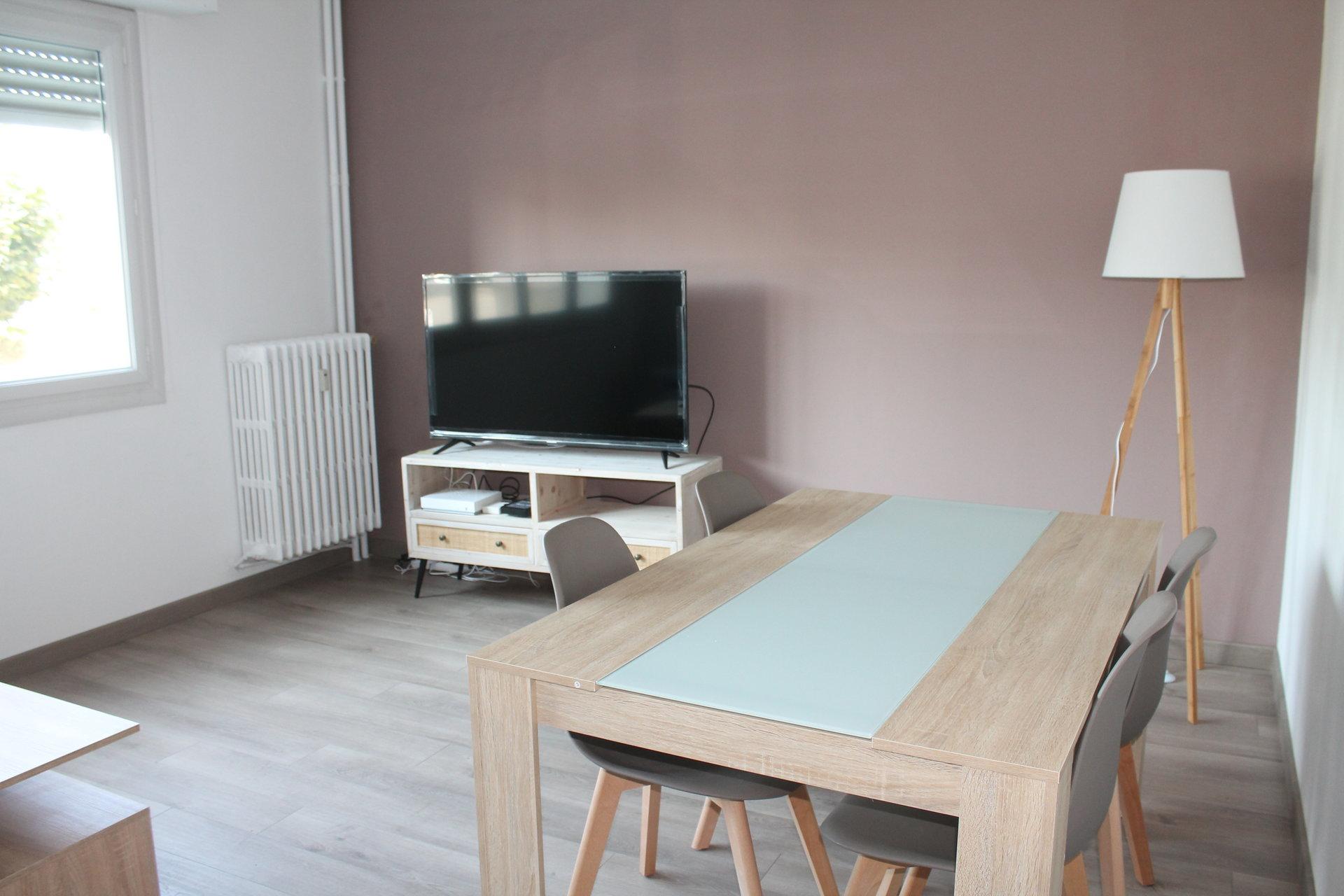 Appartement 100 m² refait a neuf loué proche Bd de Strasbourg