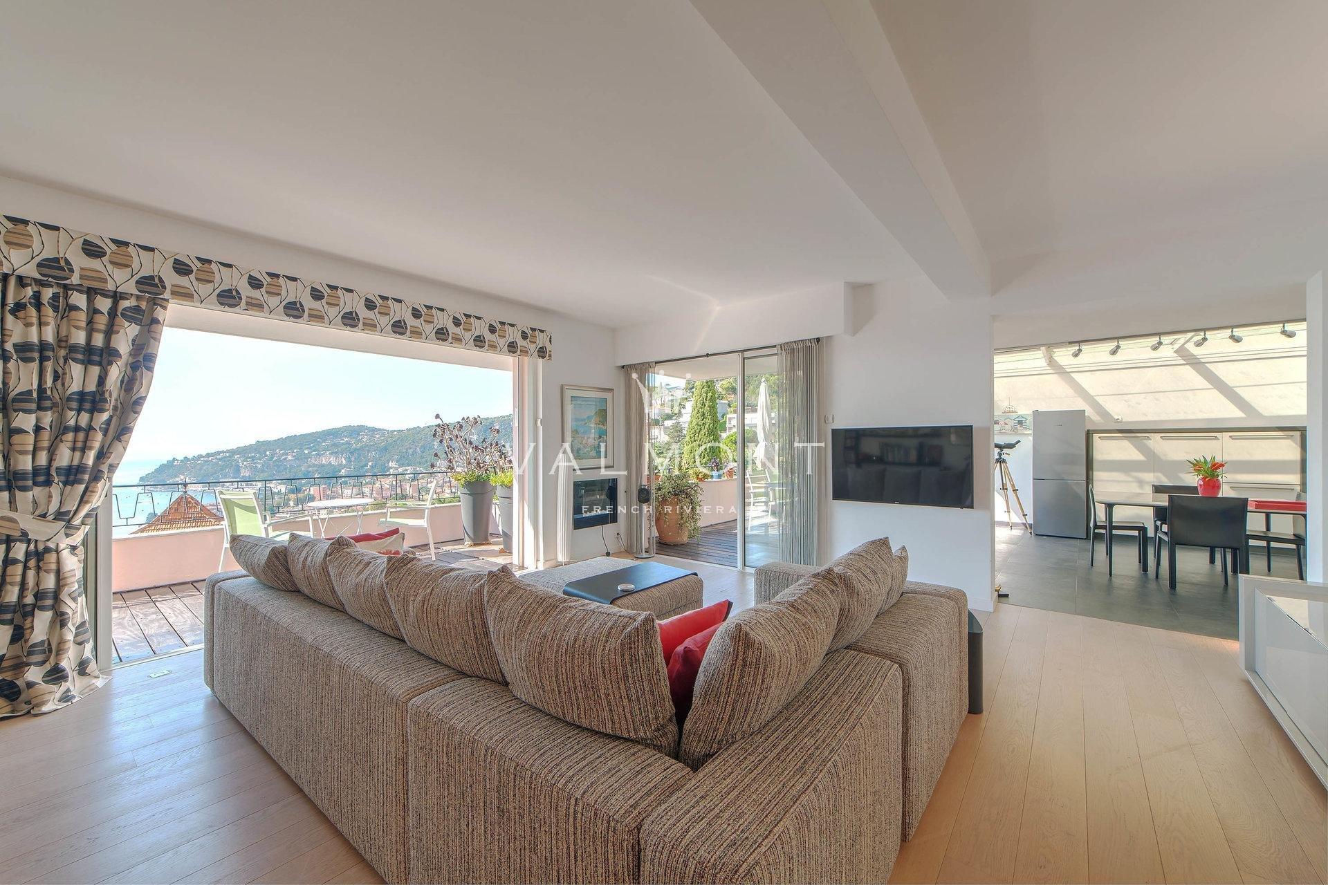 Appartement villa dominant la Rade de Saint Jean Cap Ferrat