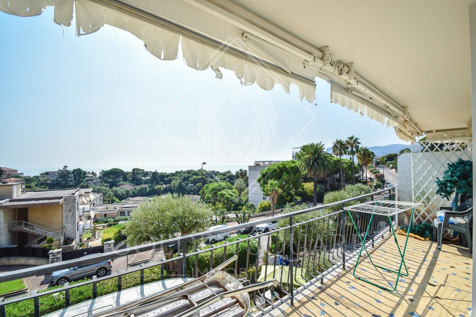 PLATEAU DU CAP - 1 BEDROOM WITH SEA VIEW
