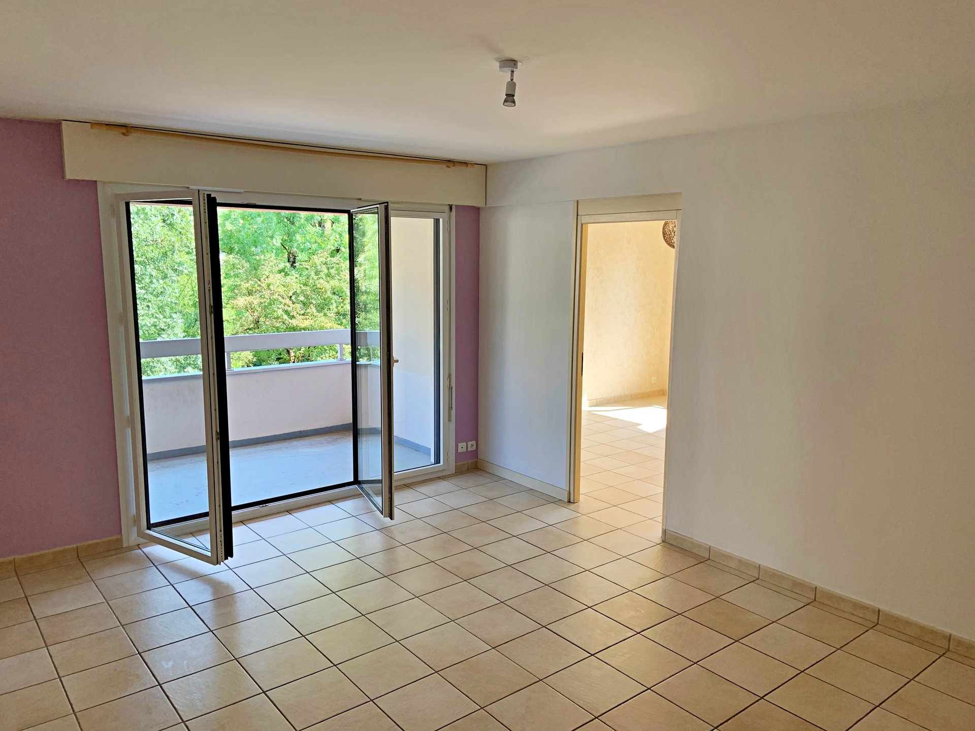 Sale Apartment - Bellegarde-sur-Valserine