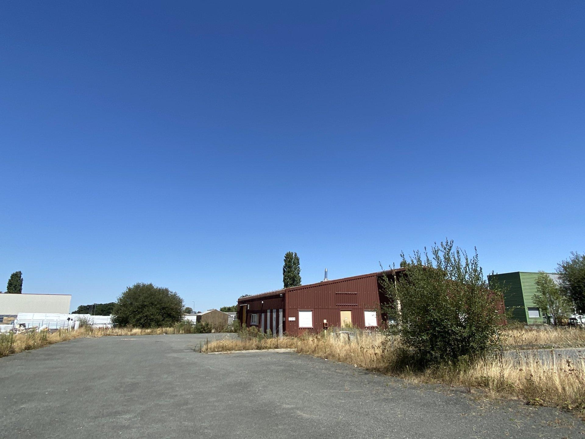 Location Local La Séguinière
