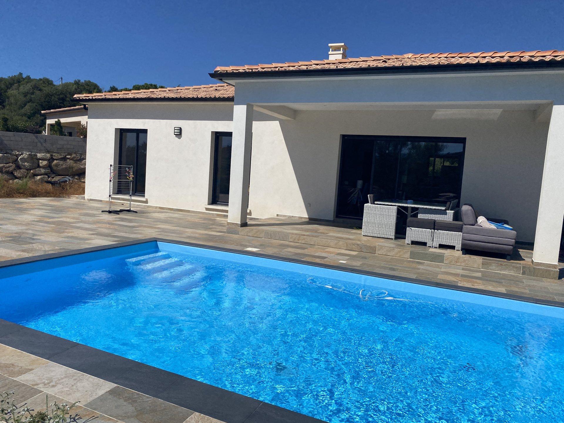 Belle villa récente 95m² - Piscine – Agosta-Plage