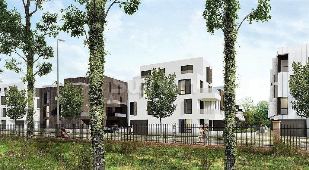 Trois pièces 72m², terrasse 18.20m² et jardin 195m²