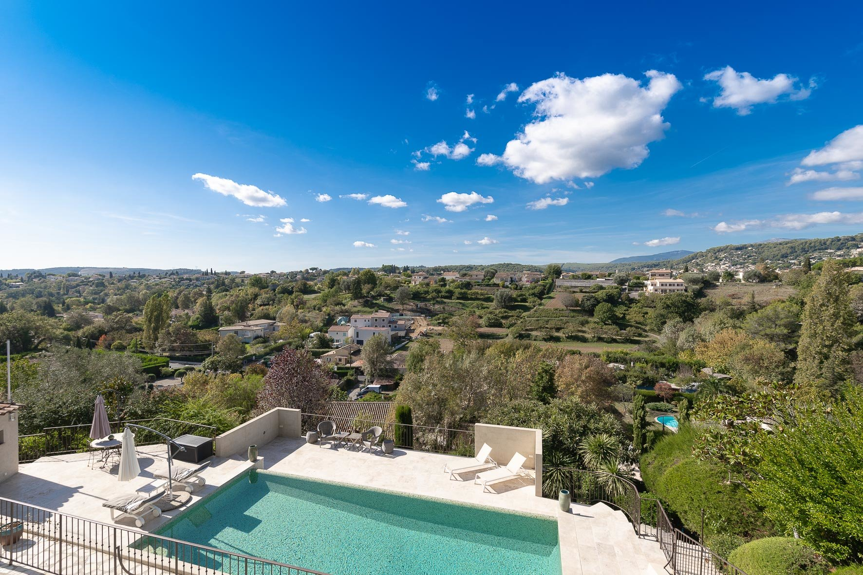 Beautiful 5/6 bedroom Villa with lovely views - St Paul de Vence