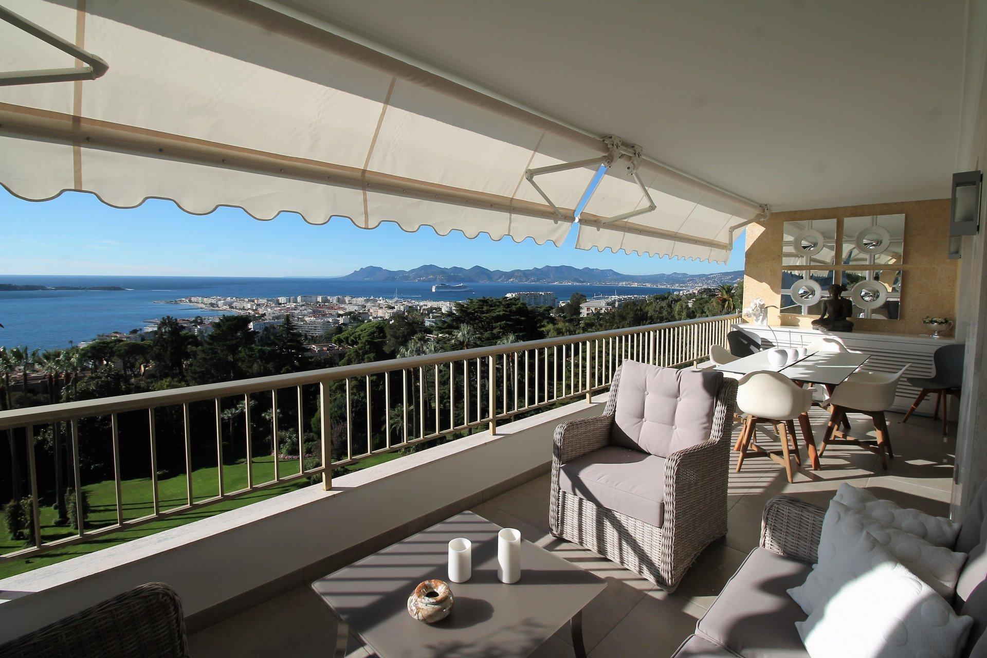 Cannes californie 3P VUE MER FEERIQUE