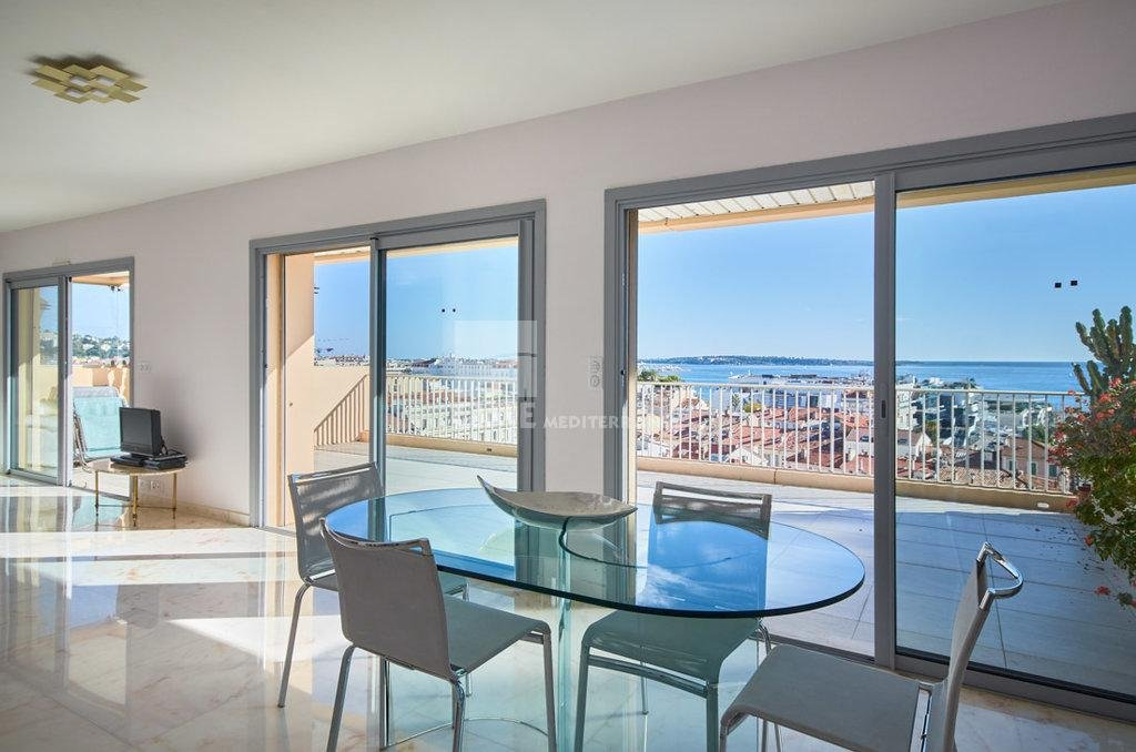 FOR SALE - CANNES OLD PORT - PENTHOUSE