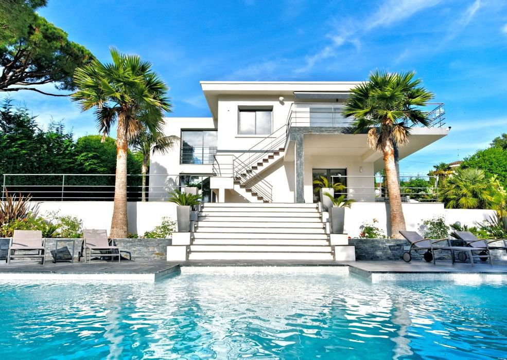 MODERN VILLA, SUPER CANNES AREA