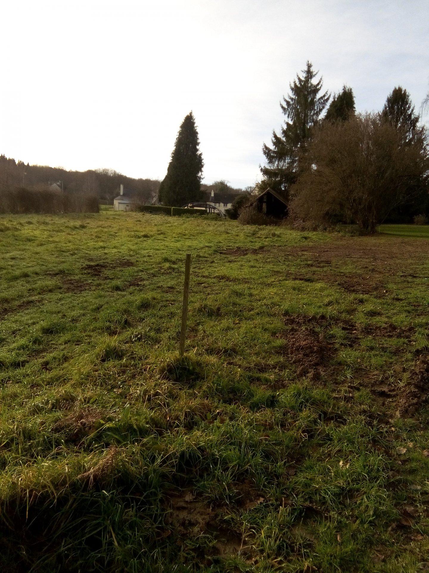 Terrain constructible 1000 m² idéalement situe a St Malo de Beignon