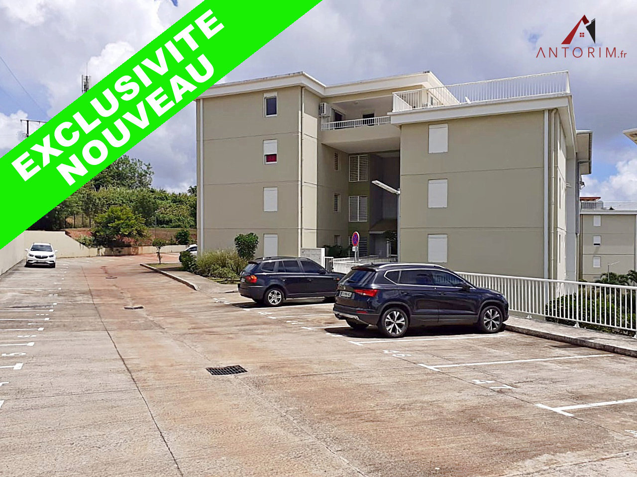 EXCLUSIVITE - SAINT-JOSEPH - Beau T3 - Terrasse - 2 Parkings