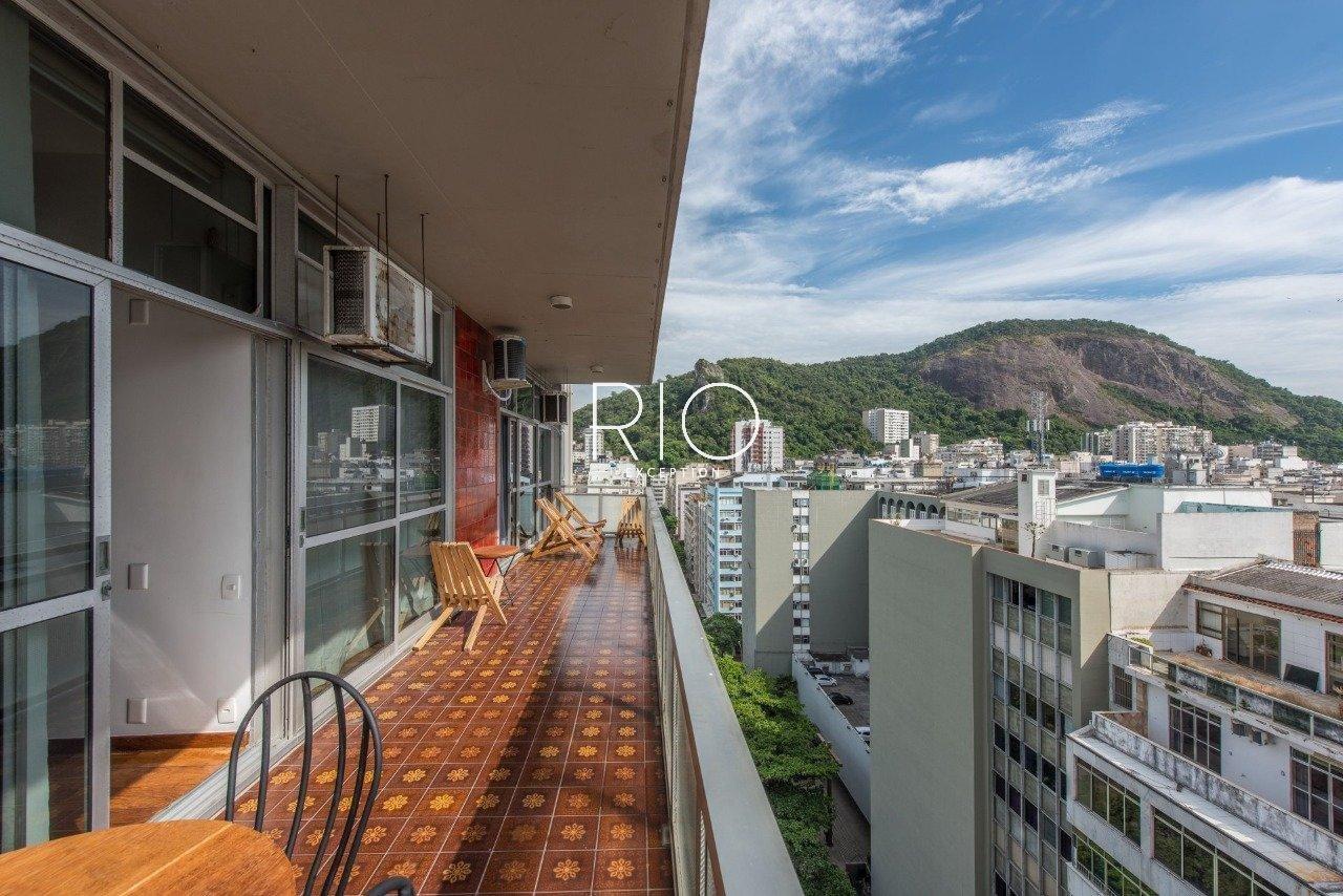 Copacabana posto 3 - Lindíssimo apartamento contemporâneo a 2 minutos da praia !