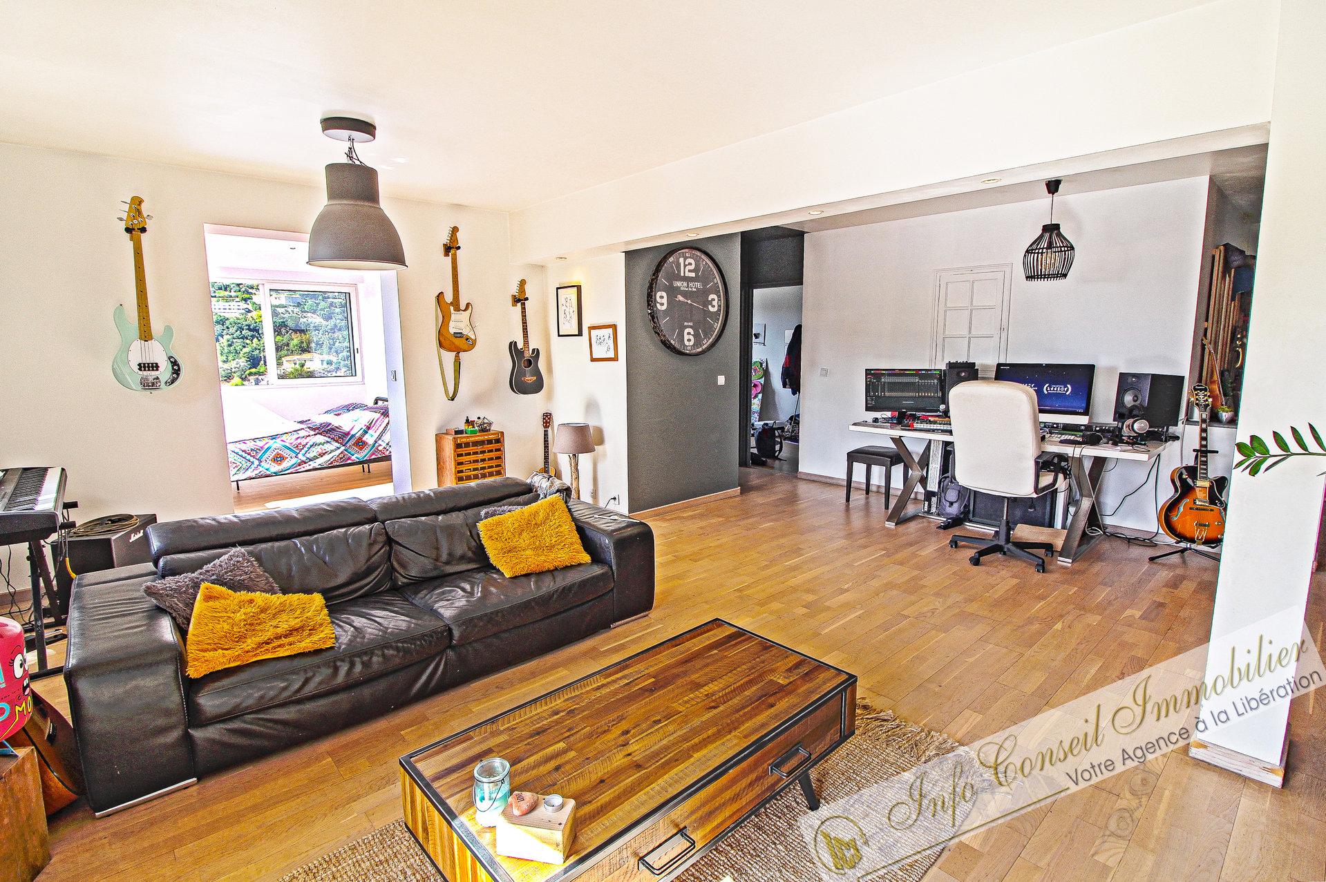 COLLINE DE PESSICART - 4P 103 m² - Jardin 56m² - 475.000 €