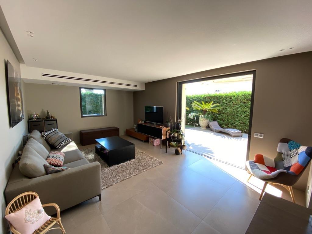 Sale House - Villeneuve-Loubet