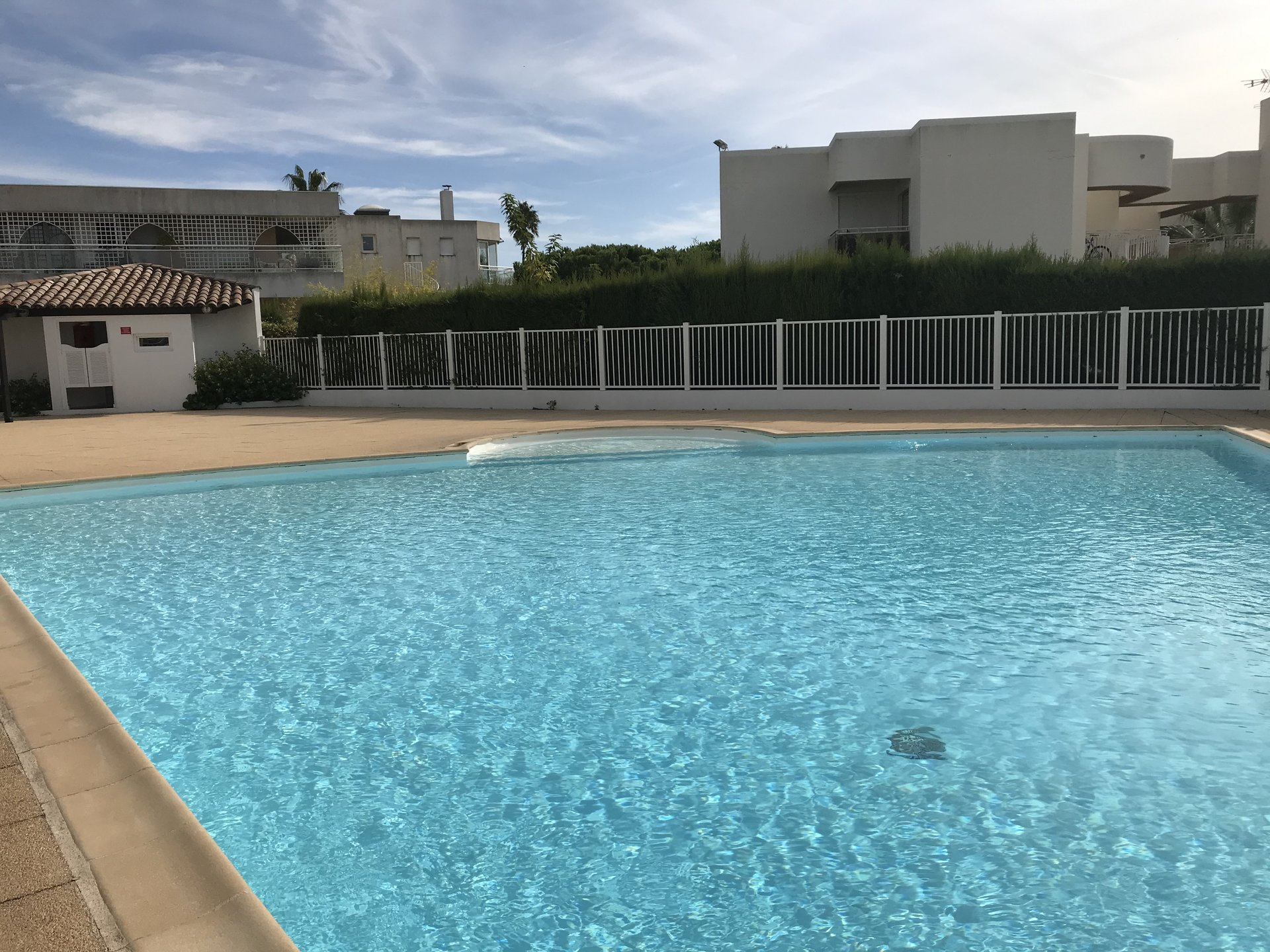Villeneuve-Loubet 100 meters from the beach