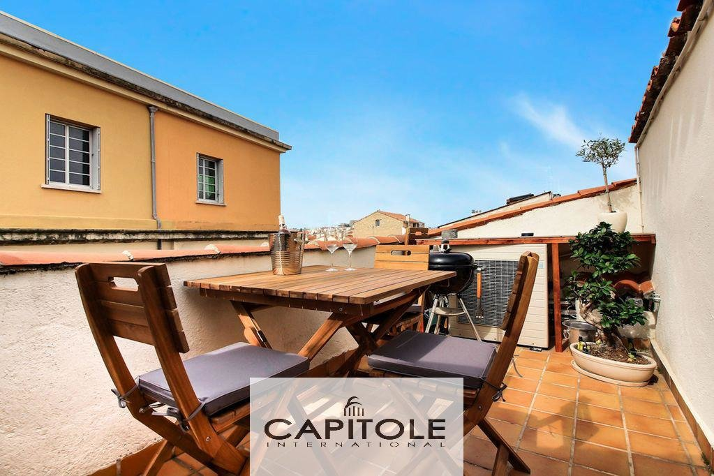 Antibes -  Old town .2/3 bedrooms townhouse of 95m²