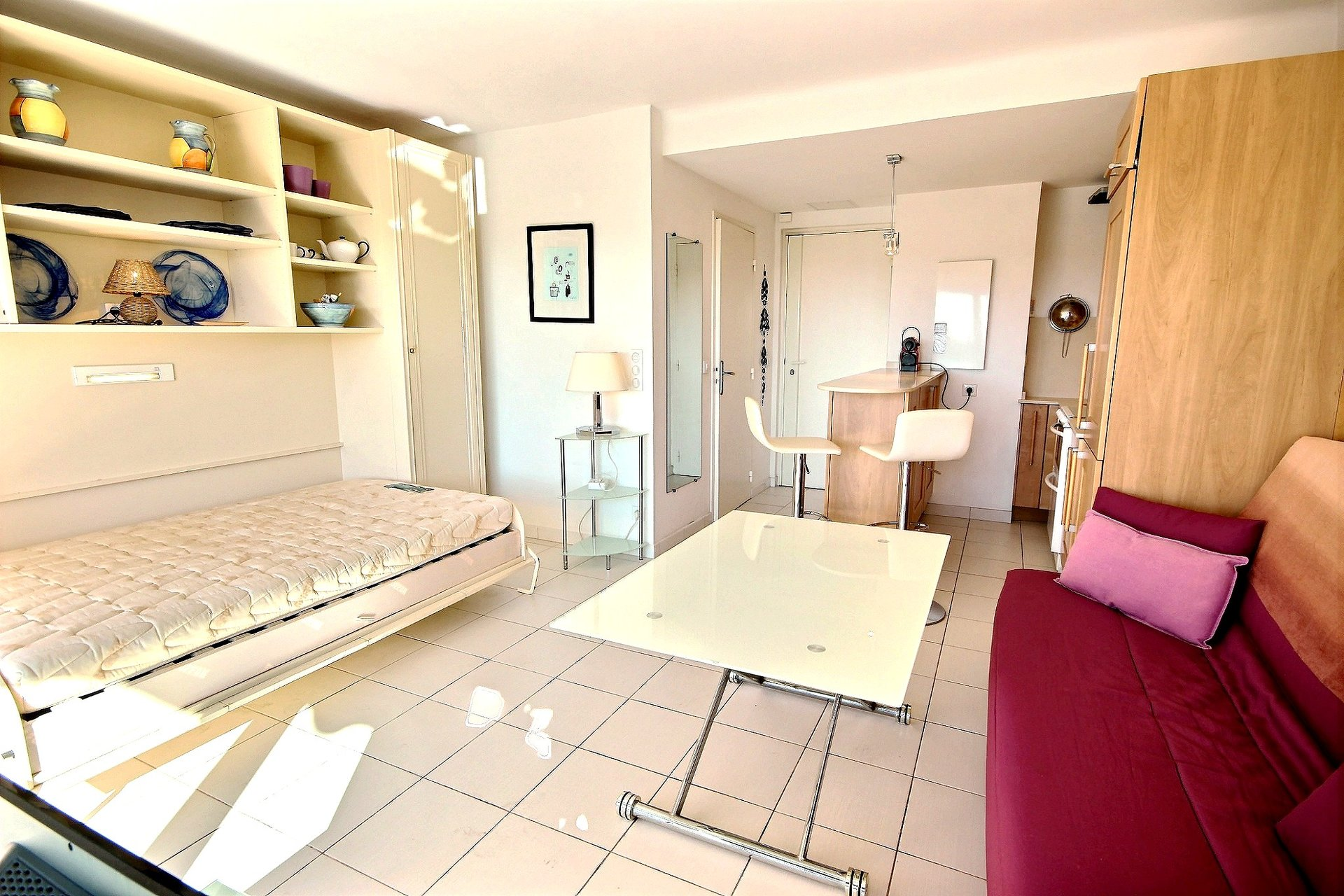 Apartment for sale  1 room  Cannes  Basse Californie  Sea view