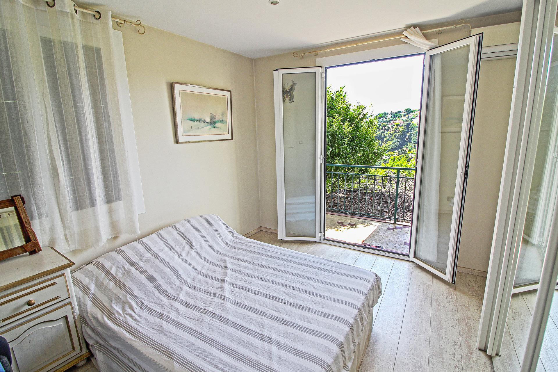 COLLINE DE PESSICART - Maison individuelle - 2 Appartement - Terrain 1500 m² - 820.000 €