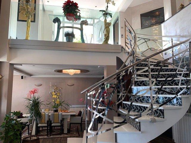 EXCLUSIF- Villa Contemporaine T6 de Prestige- 246m² - Jardin 1700m²- Piscine Chauffante- Vue panoramique mer