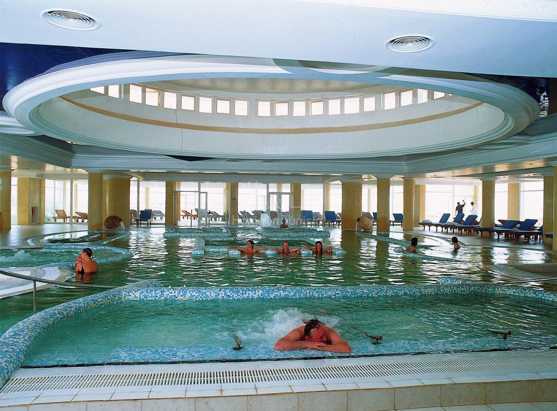 Complex Hotelier centre de congrès et thalasso thérapie