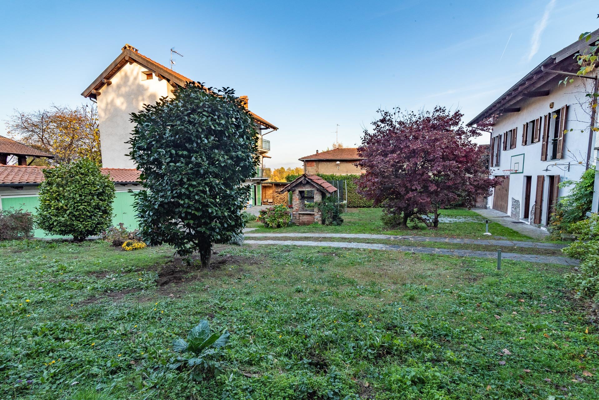 Country house for sell in Paruzzaro - garden