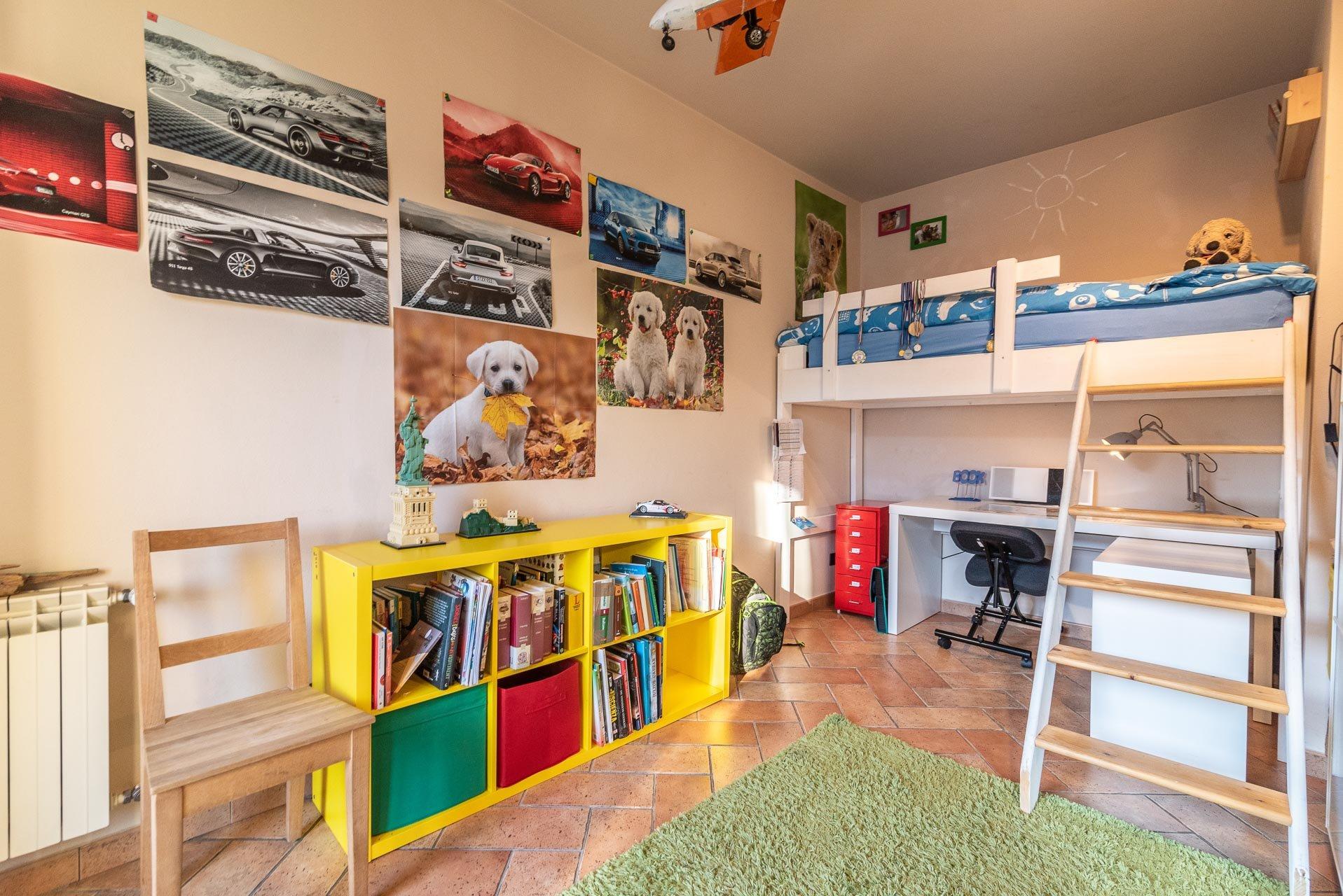 Country house for sell in Paruzzaro - mezzanine single bedroom