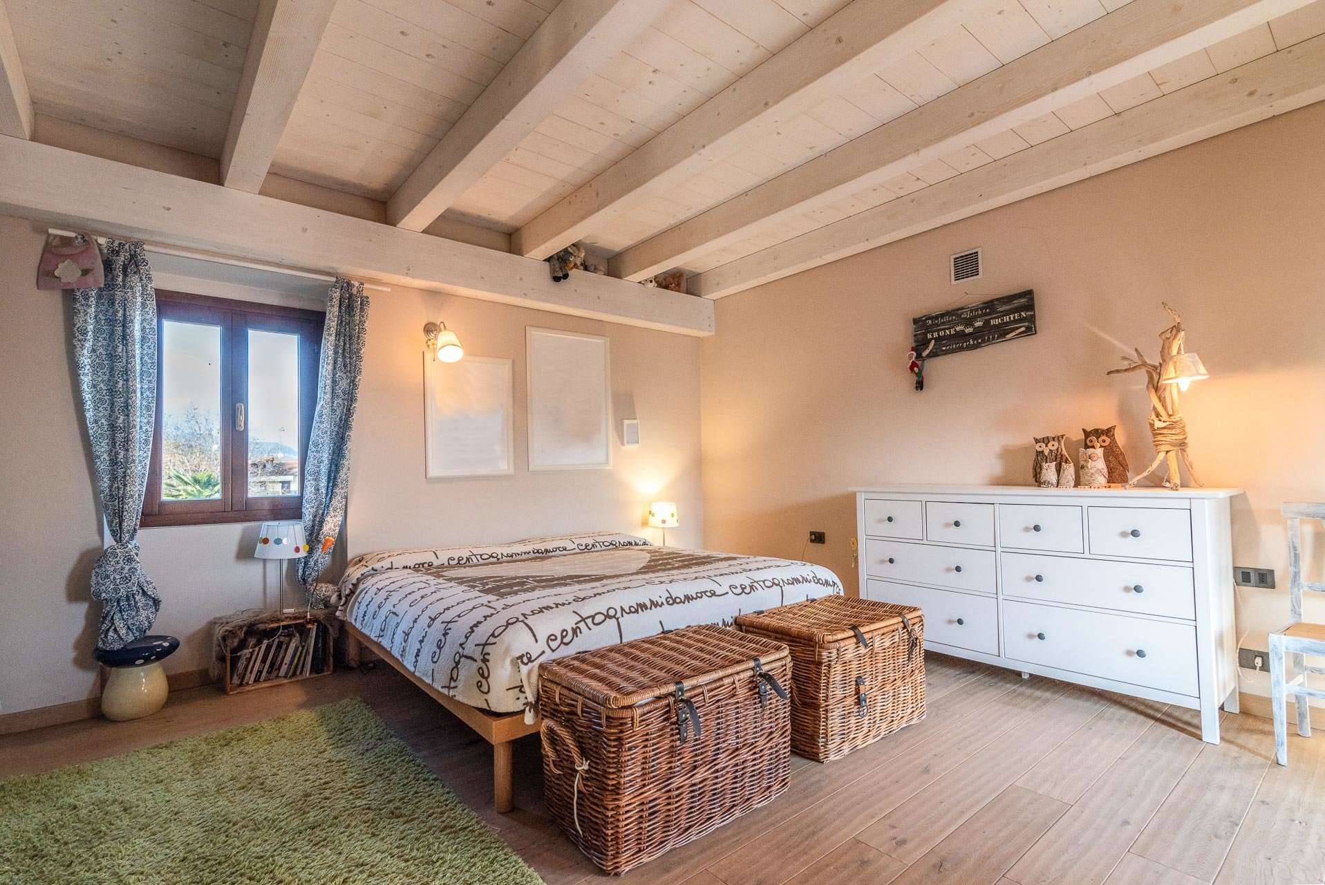 Country house for sell in Paruzzaro - double bedroom