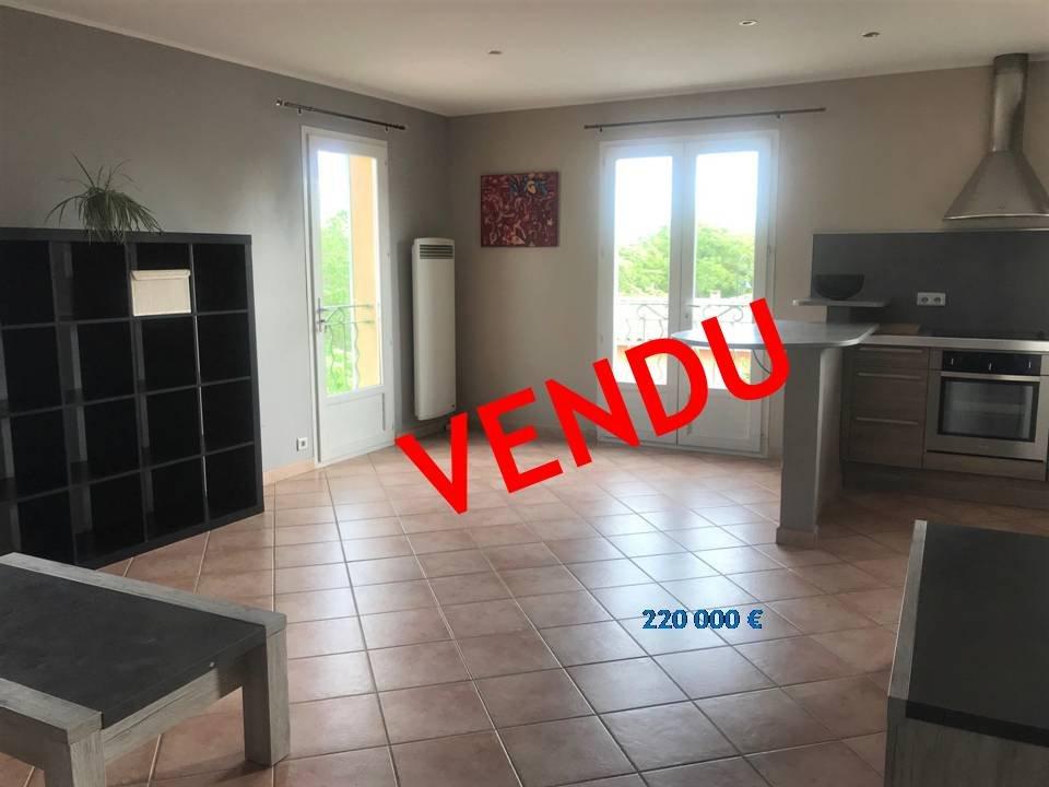 Sale Apartment - Saint-Cannat