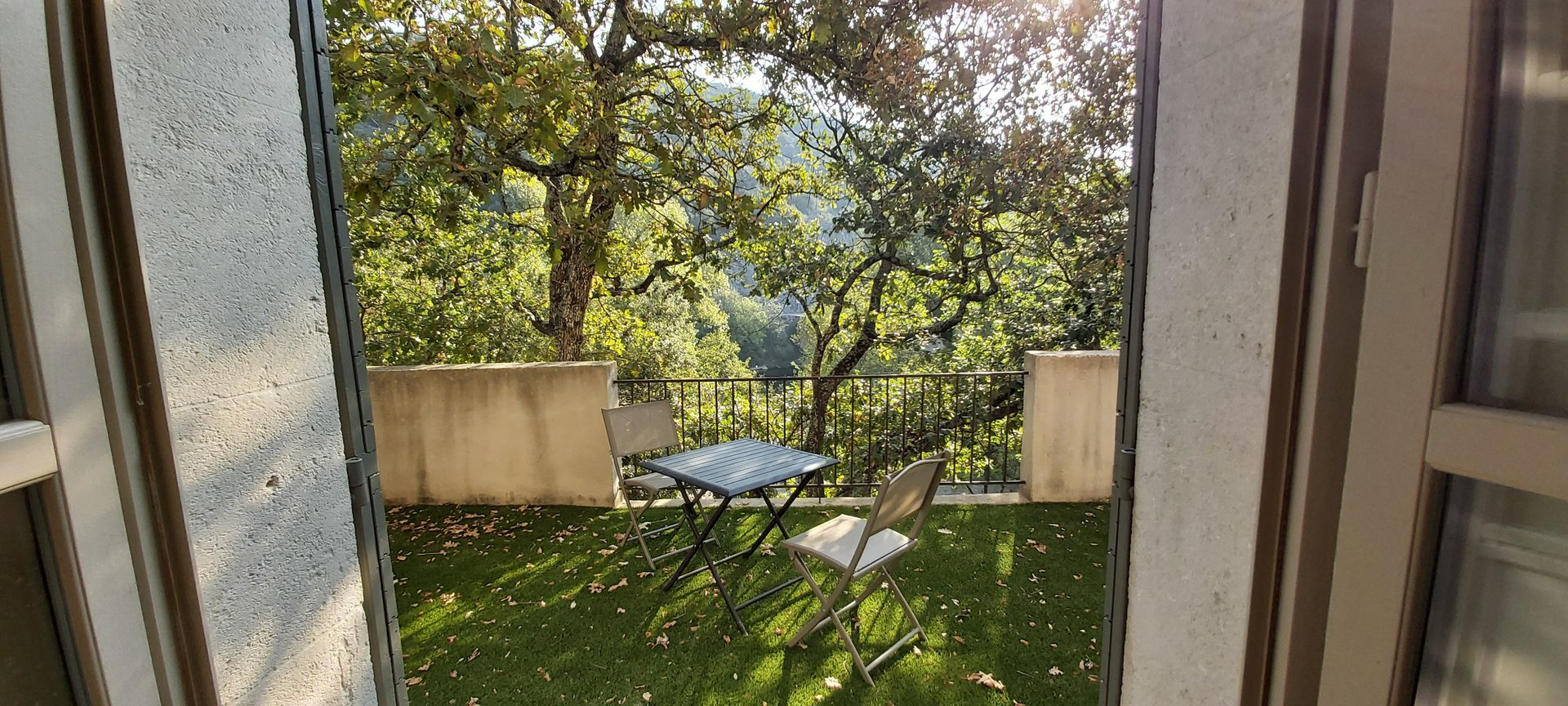 """Near the """"Venice Gardoise"""" Superb Mas of about 240 m² on 1757 m² with swimming pool and independant studio apartment"""