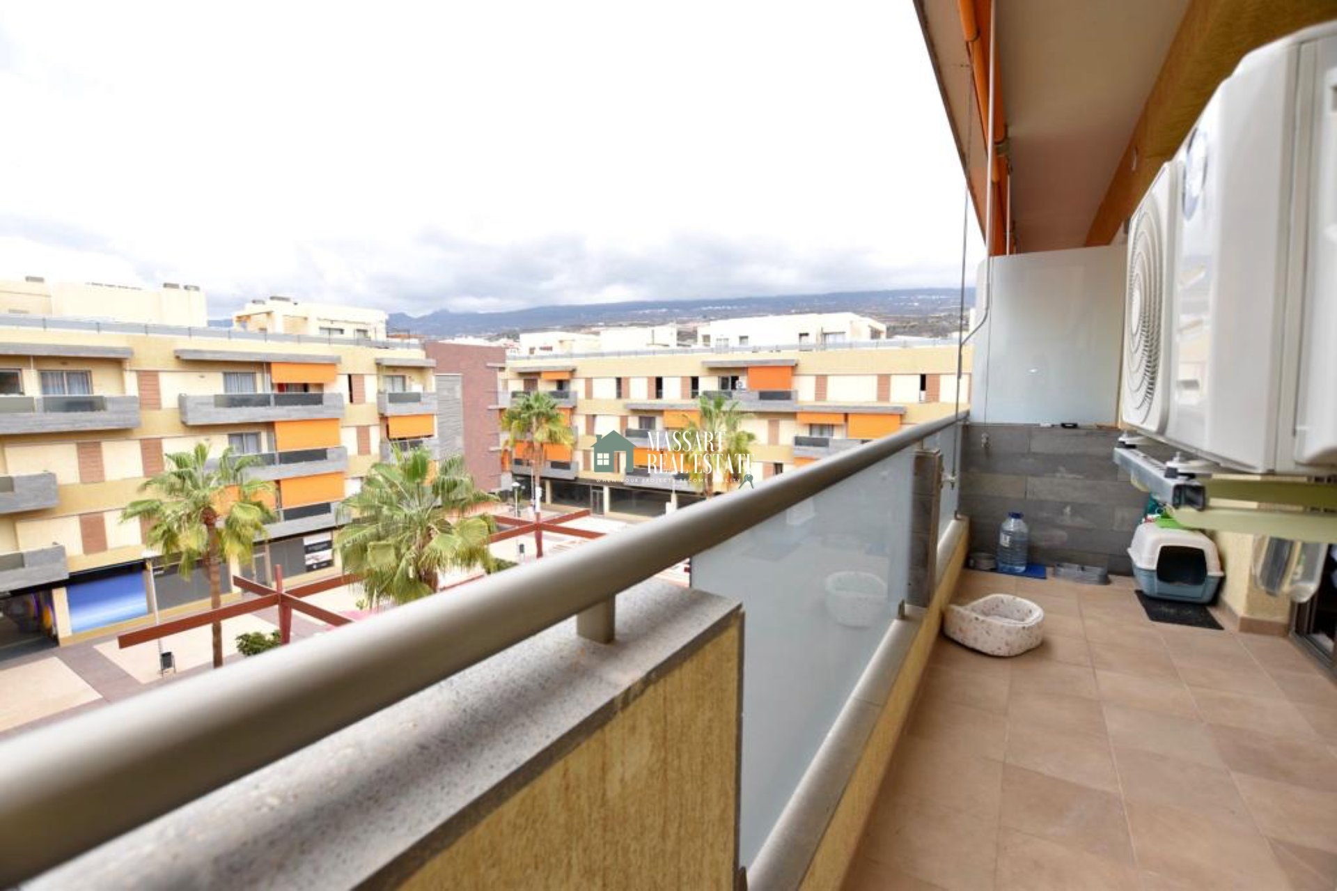 FOR SALE in the beautiful coastal town of Alcalá, duplex penthouse with great value for its magnificent terrace.