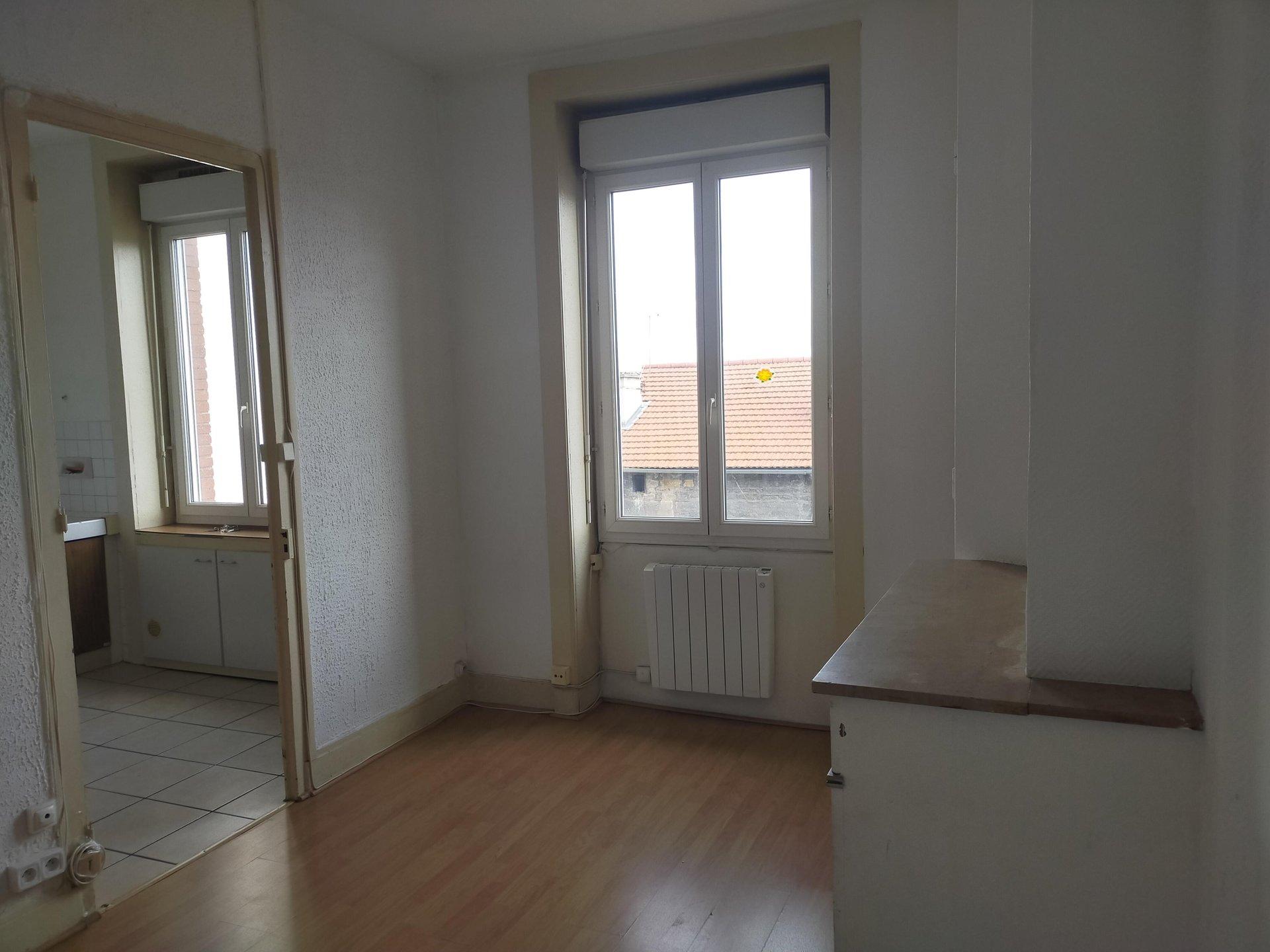 SAINT ETIENNE - Appartement T2 proche transport