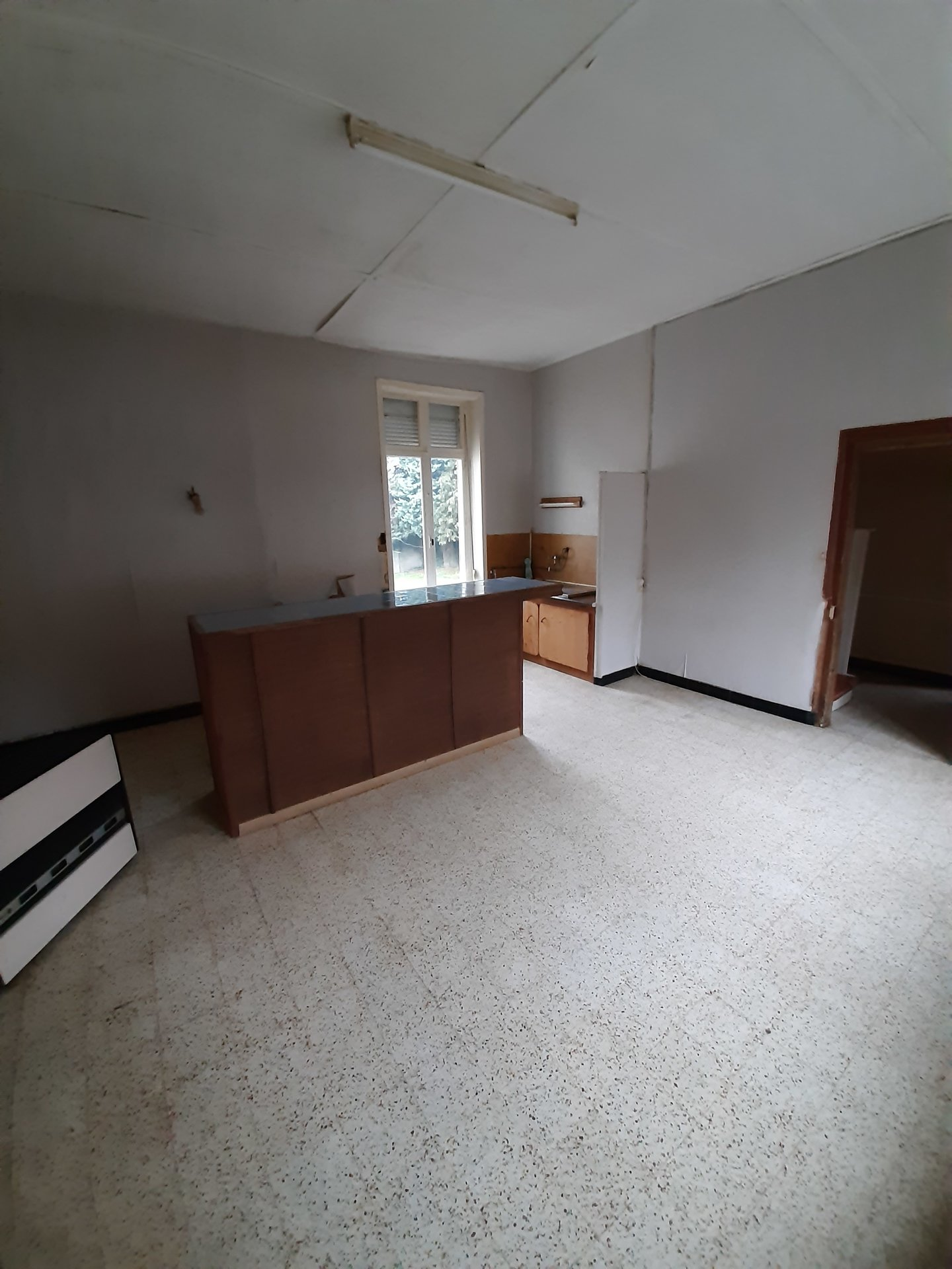 Habitation avec possibilité de local commercial