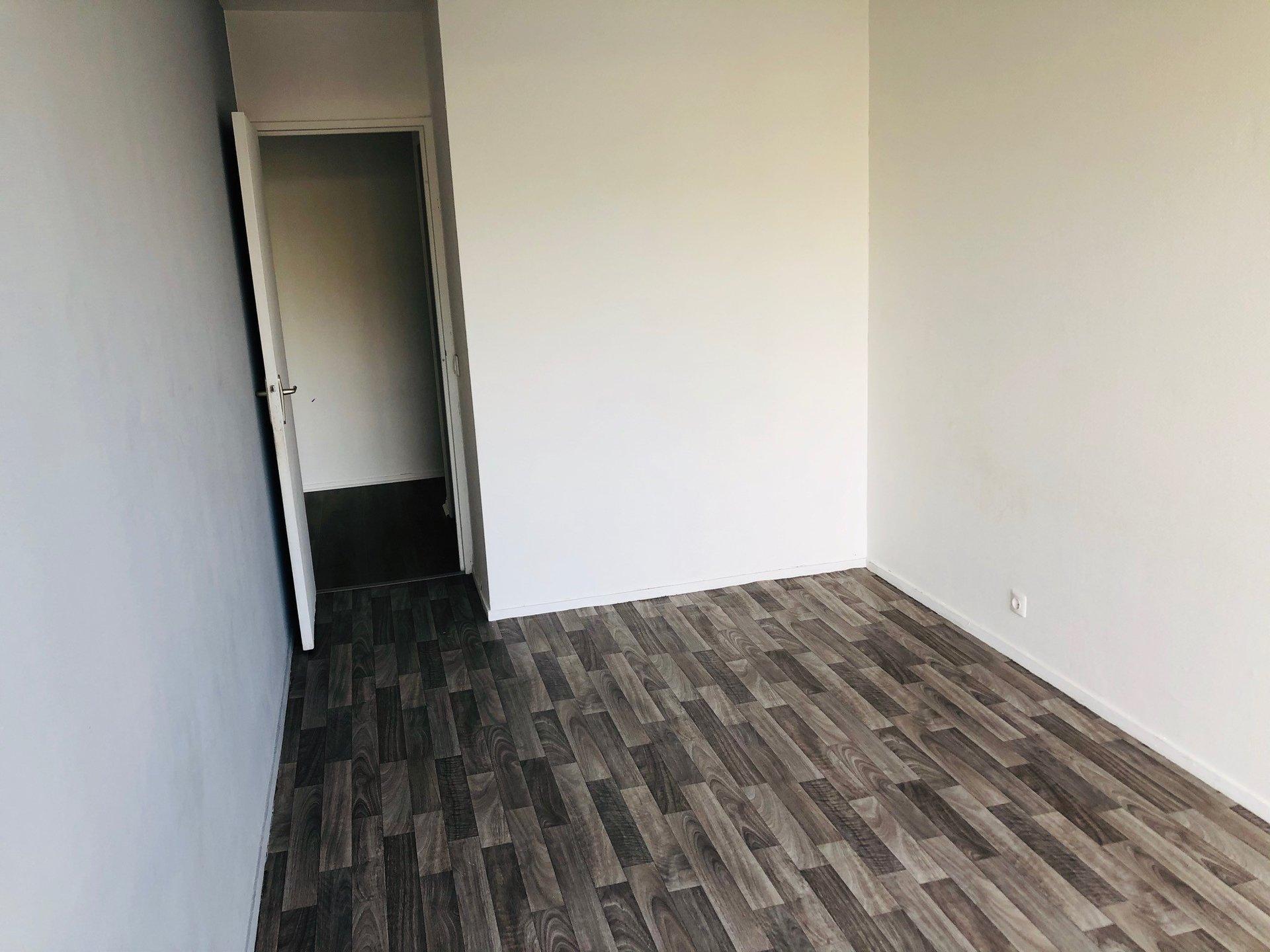 SAINT-ETIENNE- Appartement T3 avec balcon