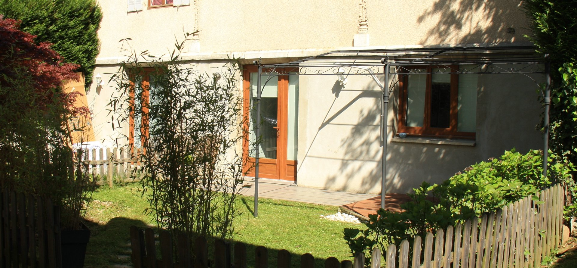 CHARMING 2 ROOMS OF ABOUT 50 M ² NEAR THE PARK OF VERDURE