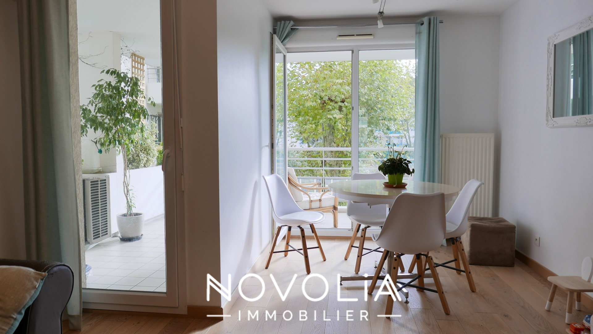 Achat Appartement Surface de 75 m²/ Total carrez : 74.75 m², 4 pièces, Lyon 8ème (69008)
