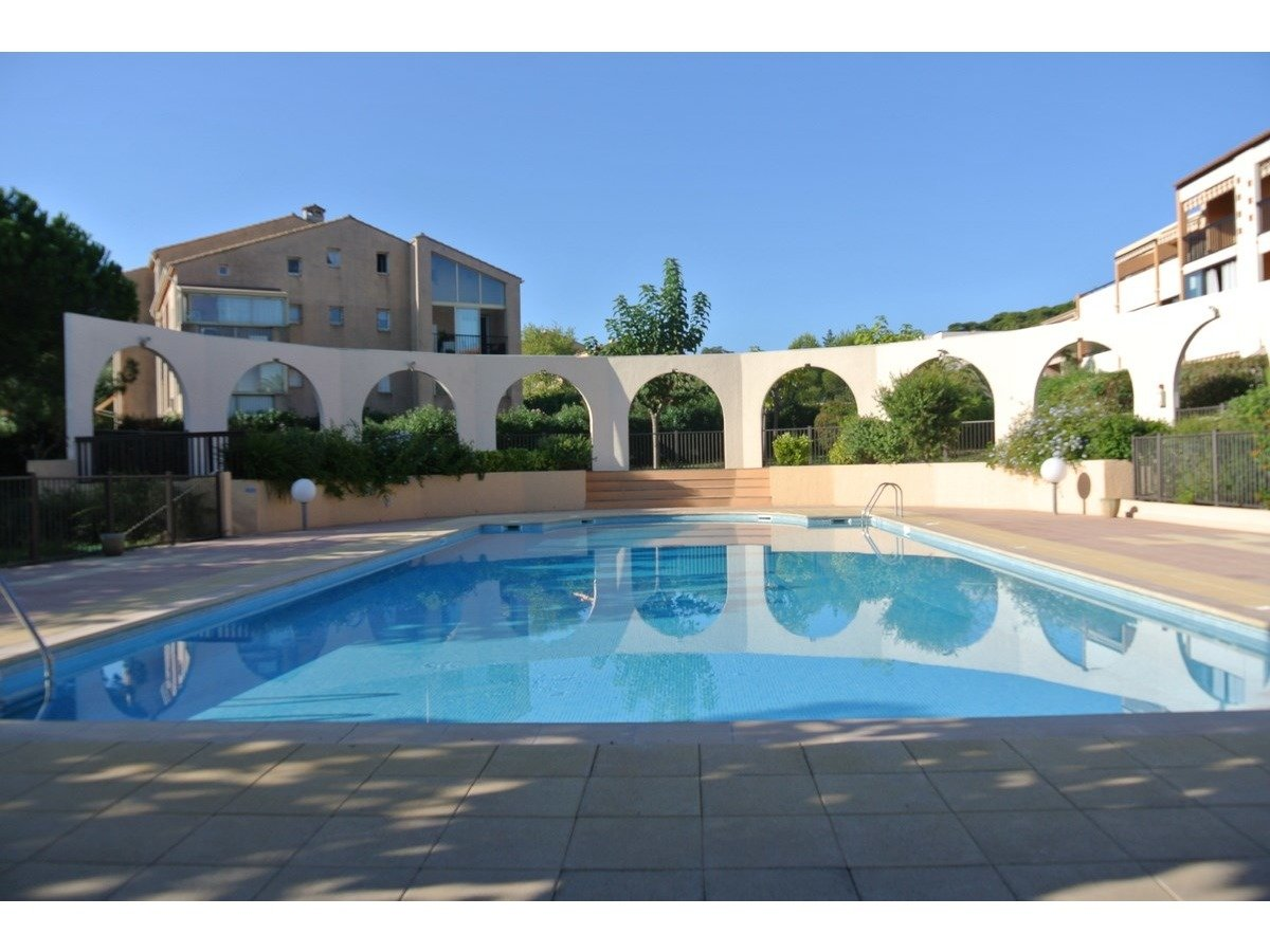 Appartement T3 résidence avec piscine
