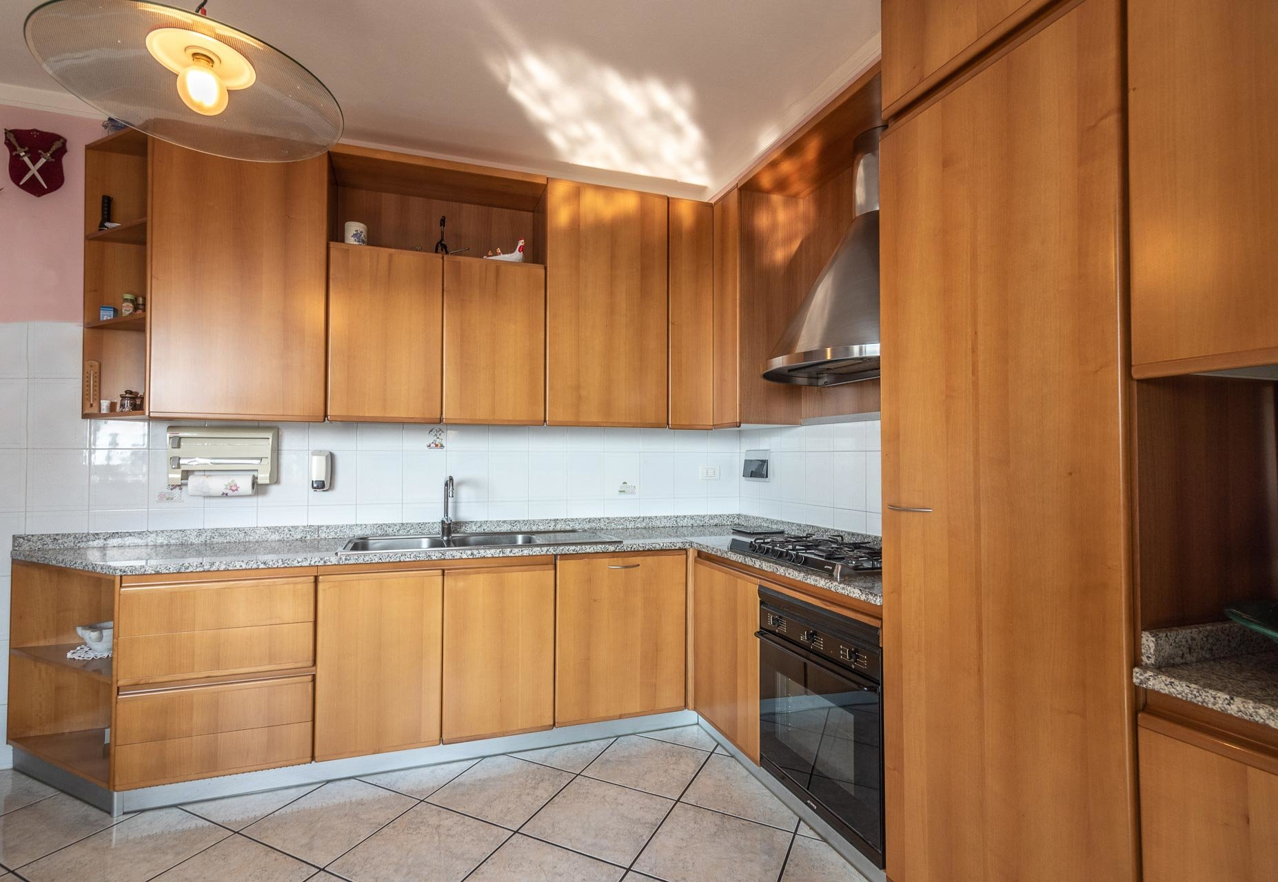 Villa for sale in Bee, with wonderful lake view - kitchenette