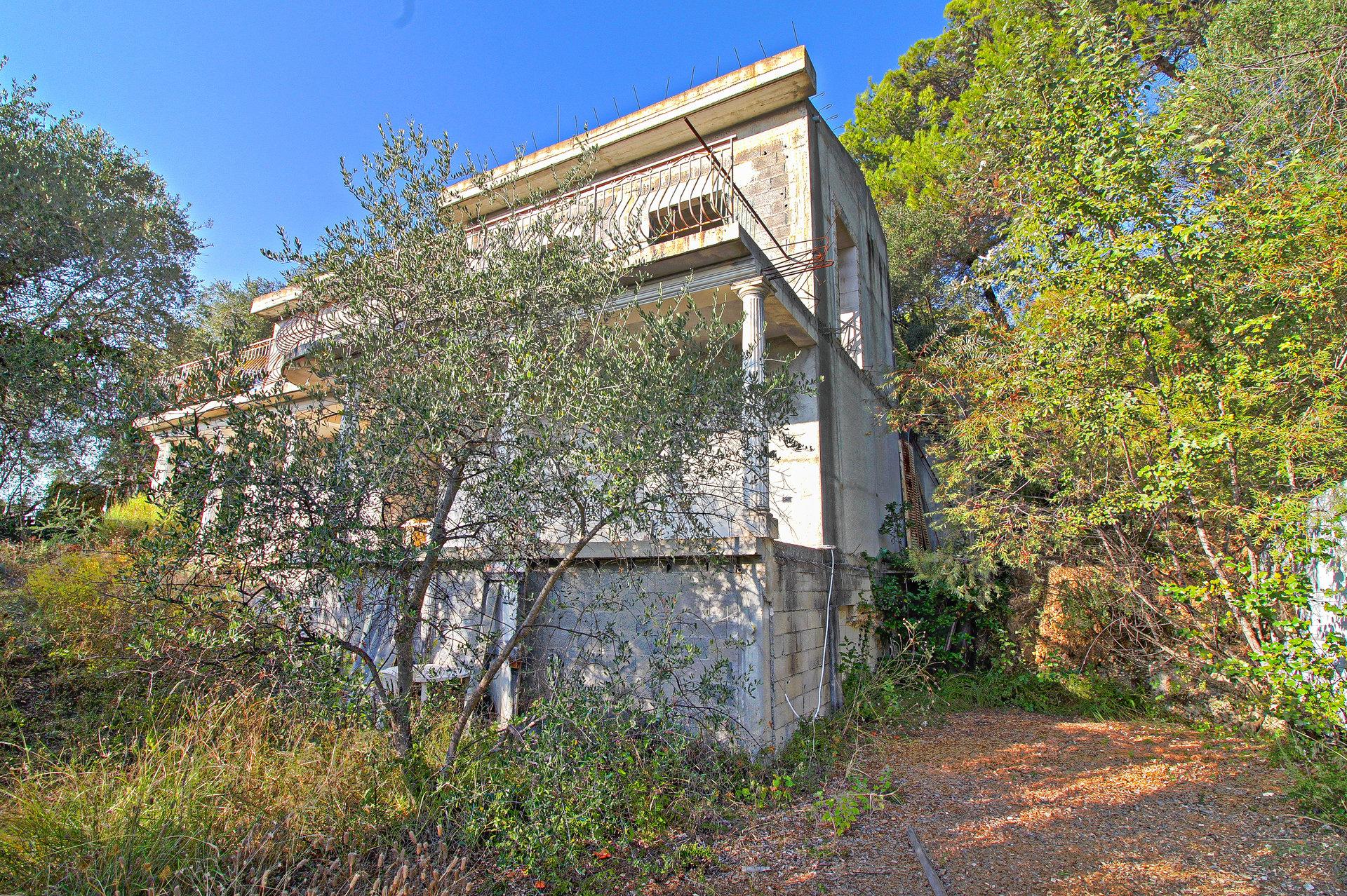 SAINT-BLAISE - Maison de 149m² sur 11.000 m² de Terrain - A finir - 349.000 €