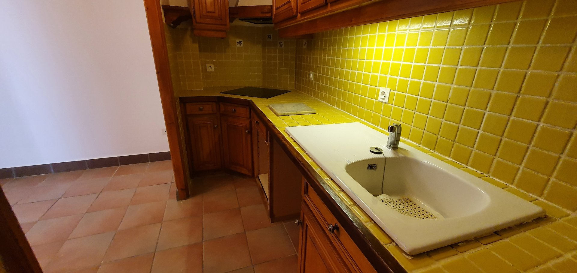 Bel appartement bourgeois 3 pièces + chambre sur mezzanine