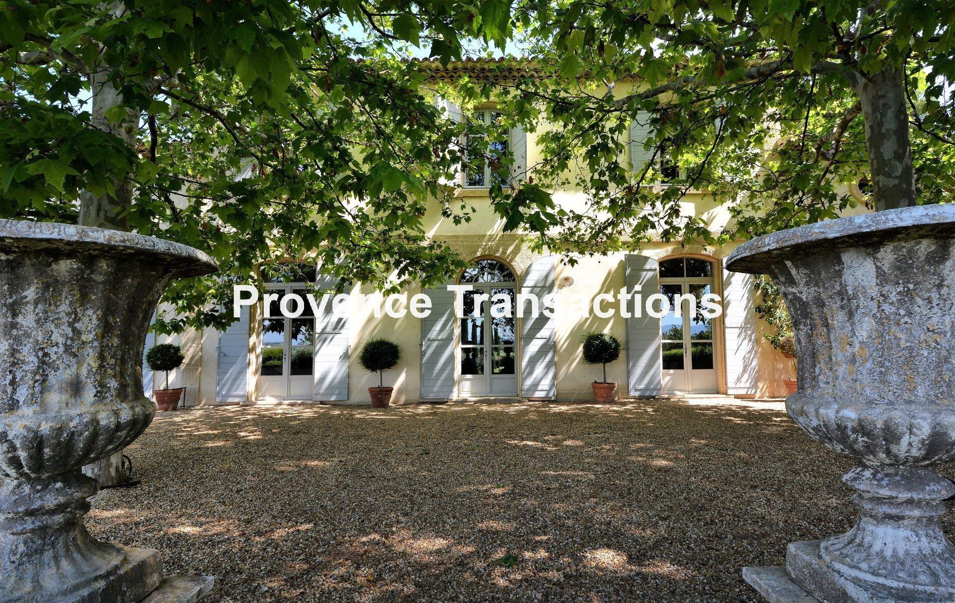 Sale Vineyard property - Caromb